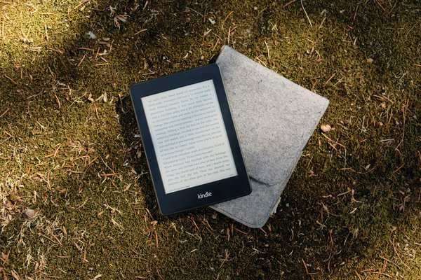Kindle vs Kindle Paperwhite, ¿Cuál es mejor?
