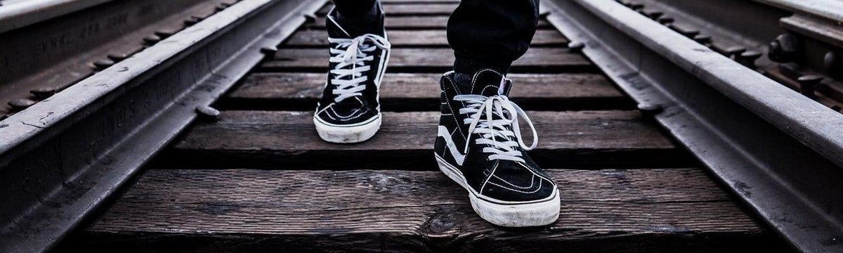 Converse o Vans - ¿Quién tiene las mejores zapatillas? | Shoptize